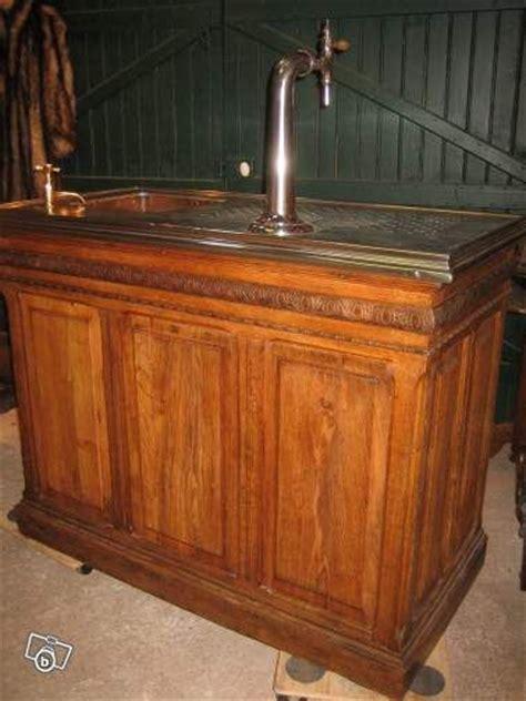 joli petit bar comptoir ancien de bistrot comptoirs