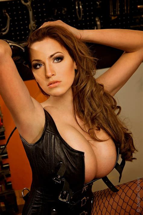 jordan carver major cleavage download jordan carver new huge cleavage expose image