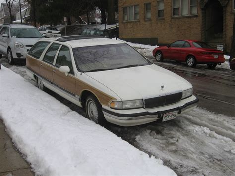 1992 buick roadmaster wagon pictures information and