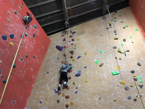 rock oasis indoor rock climbing for kids kids in t o