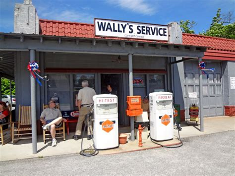 Mayberry Garage by The Two Rv Gypsies In Mayberry Usa Mt Airy Nc