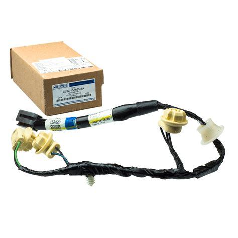 ford f150 brake light bulb 97 04 ford f150 f250 3rd third brake light high mount stop
