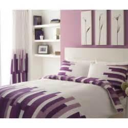 Gaveno cavailia blocks bedding set with curtains in white and purple