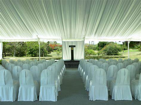Fiji wedding at Shangri La Fijian Resort. Fiji wedding
