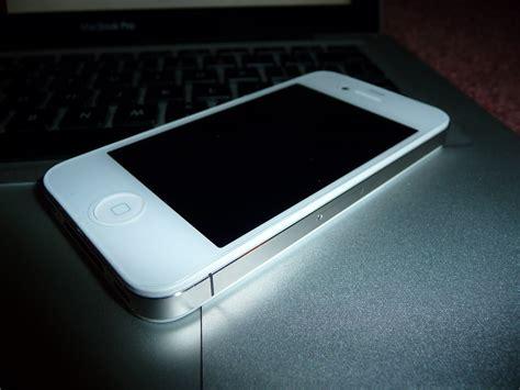 Hp Iphone 4 Di Lung hcm iphone 4 vs 4s c蘯ァn 苟i trong ng 224 y 5giay