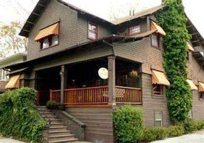 amber house bed breakfast amber house bed and breakfast inn sacramento deals see