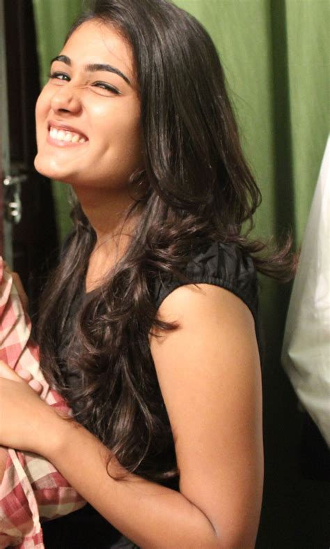 cinema heroine photos full hd shalini pandey new latest hd photos 100 kadhal arjun