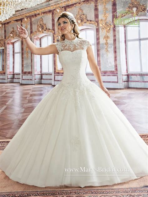Wedding Dresses On A Budget by Wedding Dress On A Budget Akaewn