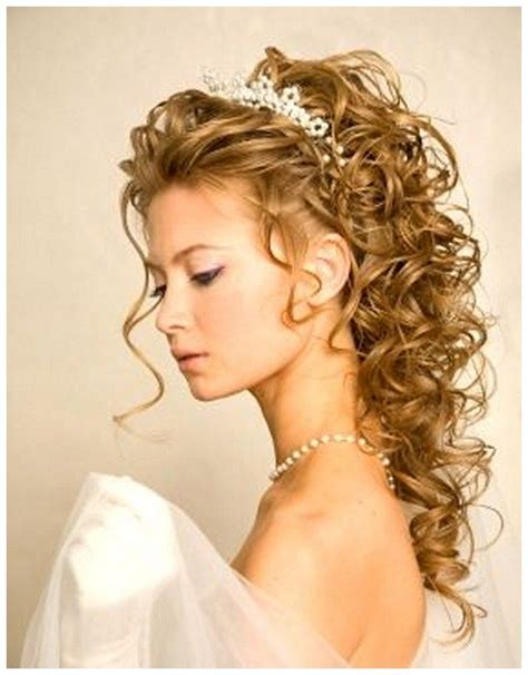 Bridal Hairstyles For Length Hair With Veil by Wedding Hairstyles For Curly Hair With Veil