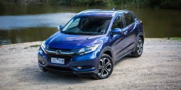 Honda Vs Honda Hr V Update Coming Soon Facelift In 2018 Photos