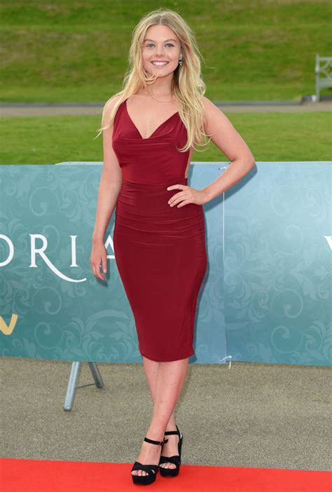 Kensington Palace London by British Tv Actress Nell Hudson Flashes The Flesh And