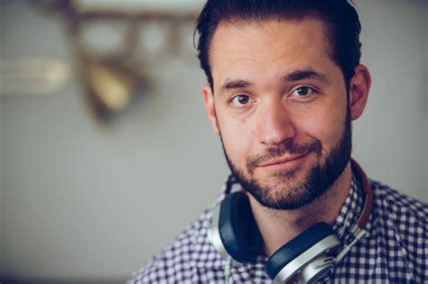 Number Lookup Reddit Reddit Co Founder Ohanian Talks Tech Entrepreneurship And In The Spotlight Uva