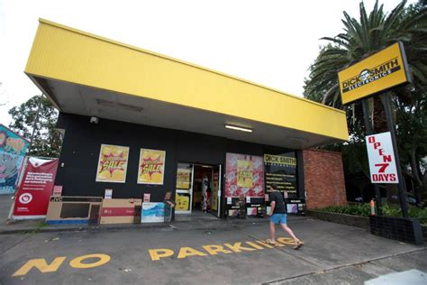 rip dick smith illawarra stores to close illawarra mercury
