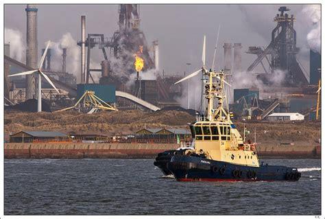 fireboat john j harvey youtube 45 best f d philadelphia fire dept images on pinterest