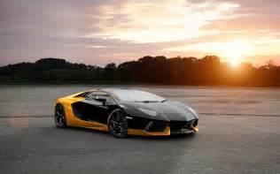 Gold And Lamborghini Black And Gold Lamborghini 27 Hd Wallpaper