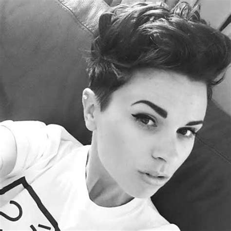 mwahahwk hairstule done using pixie mohawk haircut the best short hairstyles for women