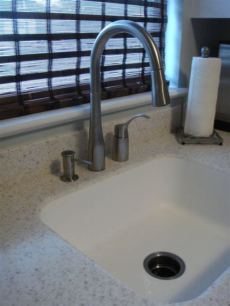 Corian Countertops With Integrated Sink by Corian With Integrated Sink