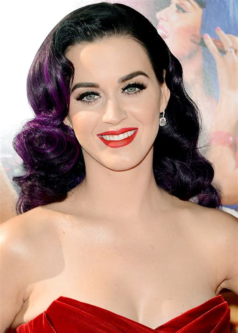 katy perry biography movie katy perry favorite things color food movie sports hobbies