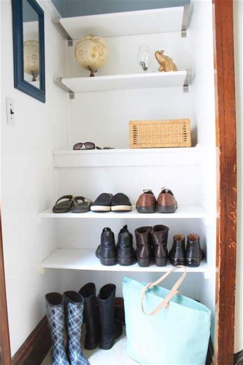 remove  shoes   door
