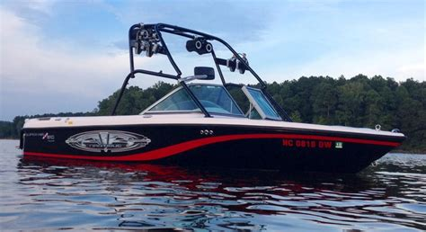 2004 corvettememorative edition for sale 2004 air nautique 210 team edition for sale in