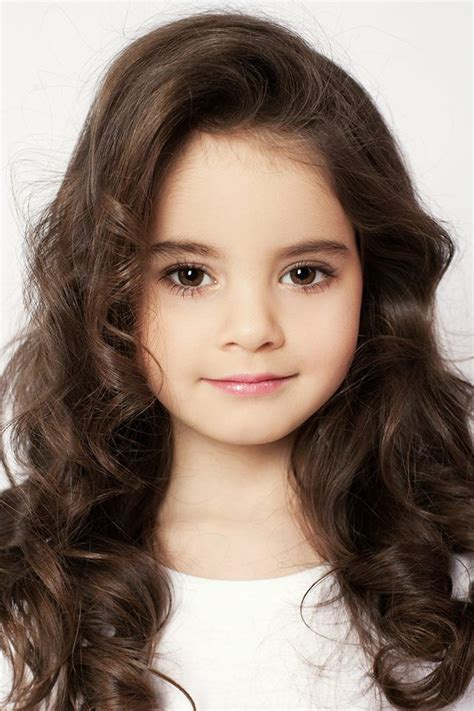 hairstyles for 13 year old brunettes elizabeth zarova brown eyes brown hair long 6 years old