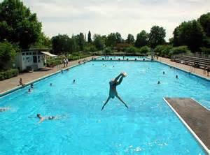 poststadion schwimmbad schwimmbad im poststadion ausgetrocknet kein schwimmbad