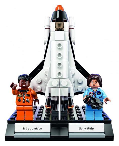 Lego Astronot lego s of nasa range honours females