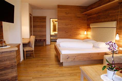 da letto in legno massello camere da letto in legno massello prezzi canonseverywhere