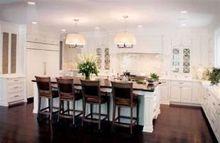 Houzz Kitchen Island Ideas Classic White Kitchen Traditional Kitchen Cleveland