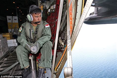 airasia indonesia pilot recruitment indonesian warship is sent to test oil spills in sea