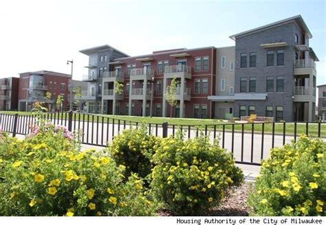 housing authority milwaukee new look of public housing debuts in milwaukee athomesense com