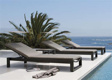 Sofa Armchairs Manutti Fuse Sun Lounger Sun Loungers Modern Garden