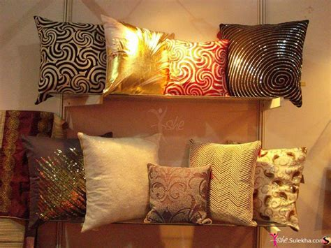decorative pillows in living room photo picture 9810