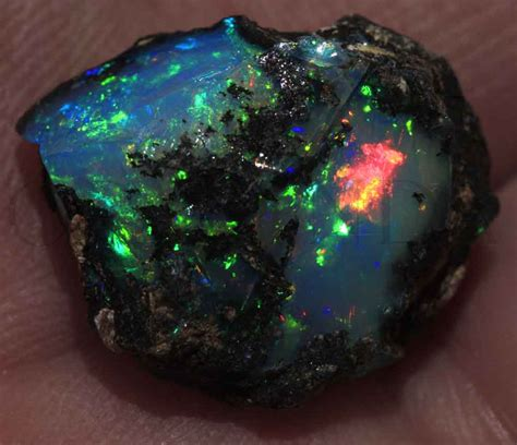 Jenis Batu Lava 10 jenis batu akik terlangka di dunia