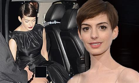 anne hathaway devastated after revealing wardrobe article 2246848 167b6daf000005dc 309 1024x615 largejpg