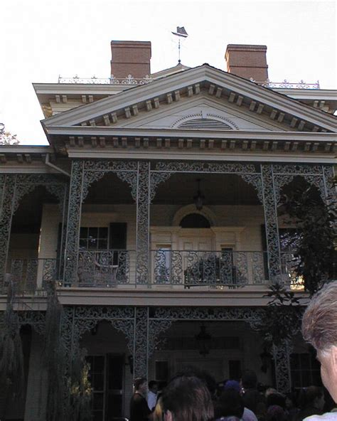 new orleans haunted house new orleans square the haunted mansion