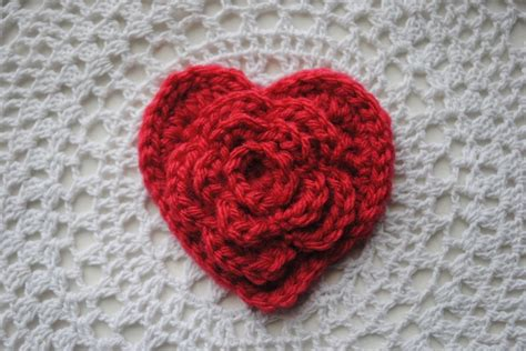 crochet pattern heart applique layered daisy in a heart tutorial by cre8tion crochet
