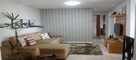 decoração de sala de estar simples e pequena sala simples decorada