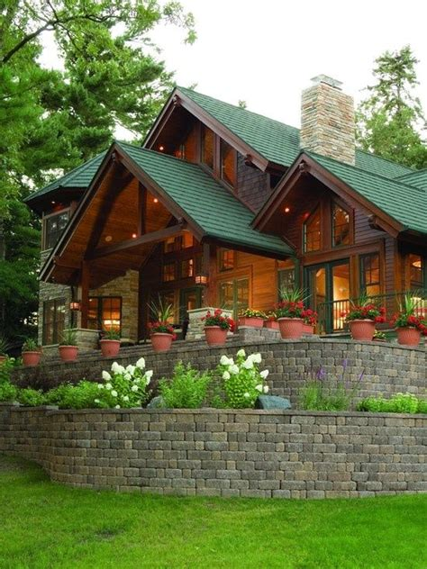 best 25 cabin exterior colors ideas on rustic cottage cottage exterior and rustic