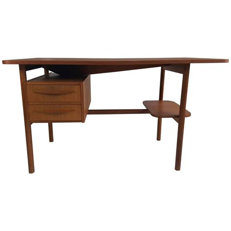 Small Teak Desk Small Teak Desk By G Tibergaard For Ikast M 248 Belfabrik Denmark For Sale At 1stdibs