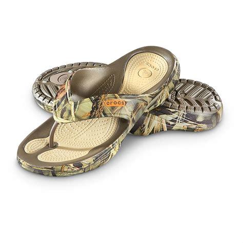 realtree mens slippers crocs modi 2 0 realtree max 4 flip flop sandals 620900