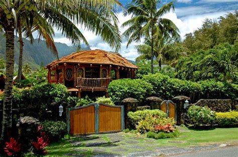 house in hawaiian hobbit house in hawaii home away from home pinterest