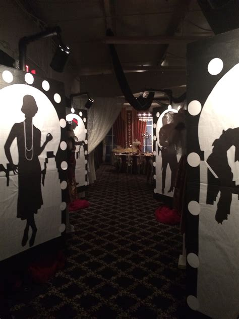 prom decorations roaring 20s prom
