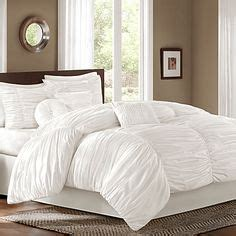 How Do You Fluff A Comforter by 1000 Ideas About Fluffy Comforter On Grey Sheepskin Rug Comforters And Xl