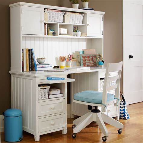 Desks For Teenage Bedrooms | study space inspiration for teens