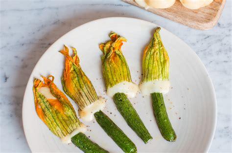 ripieno per fiori di zucca fiori di zucca ripieni di scamorza affumicata ricette