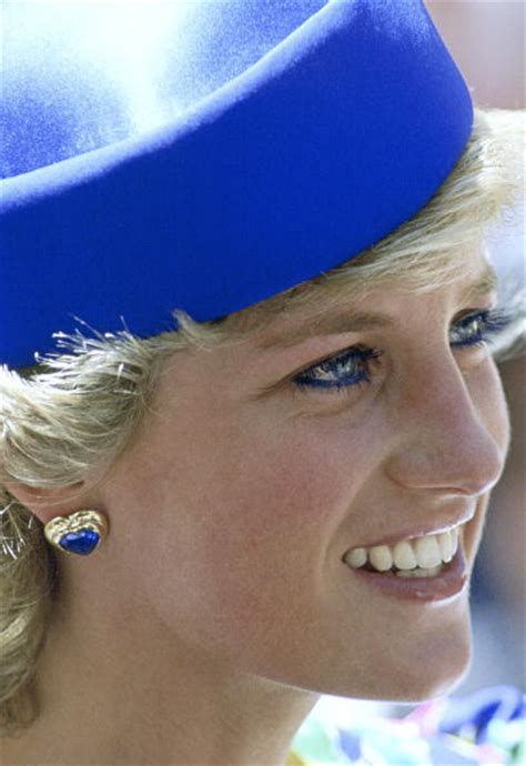 diana s blue stone earrings princess diana earrings part 07 royal fans all about