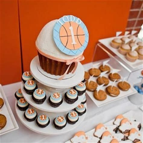 Basketball Themed Birthday Decorations by 74 Best Images About Sports Cupcake Ideas On