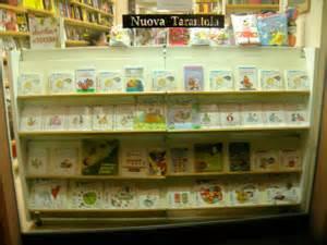 libreria nuova tarantola modena foto roncaglia