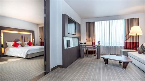 bedroom suite or suit suite rooms novotel bangkok ploenchit sukhumvit